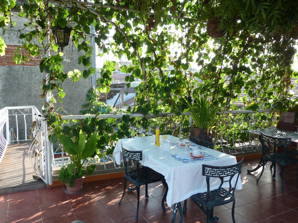 Casa Nummer 1 - Essen auf dem Dach